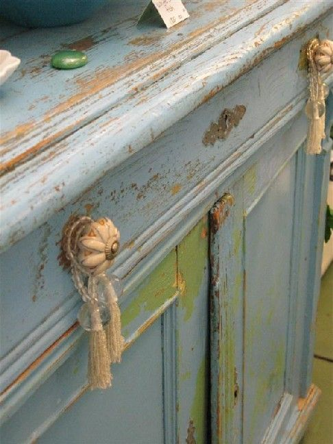 blue-tifully distressed. double click to get on this website.enjoy!