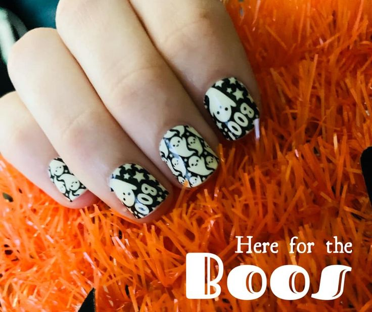 Glow in the dark ghost Halloween manicure! This is Color ...