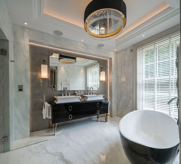 Modern Classic Whitelands master bathroom