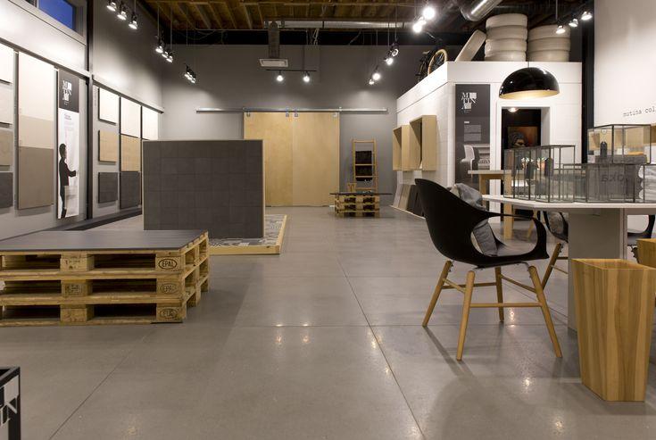[Salle de montre / Mutina] Mutina est une entreprise italienne qui fabrique plus que de simples carreaux. Elle est un projet artistique qui uni à la fois technologie, artisanat, expérimentation et recherche dans une volonté de repousser les frontières du matériel, de créer des produits de céramique originaux de qualité exceptionnelle.