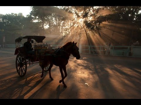 Bob Holmes: Natural Lighting and Travel Photography Tips