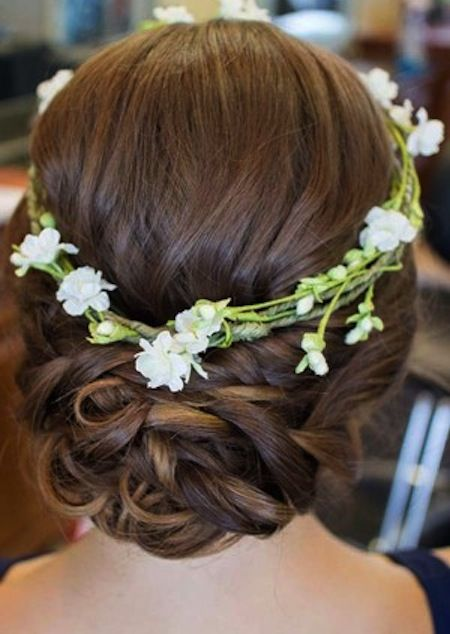 Romantic updo for brides.  Wedding updo hair.