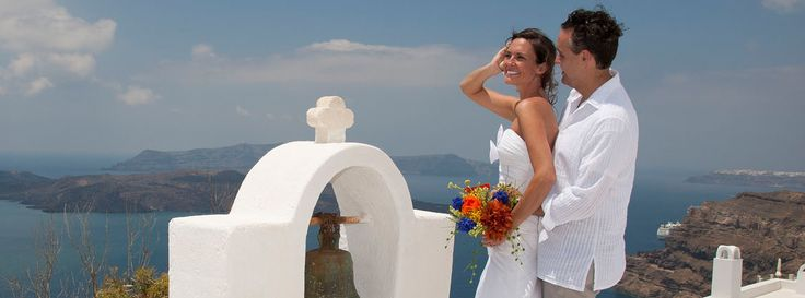 Lov Weddings in Santorini