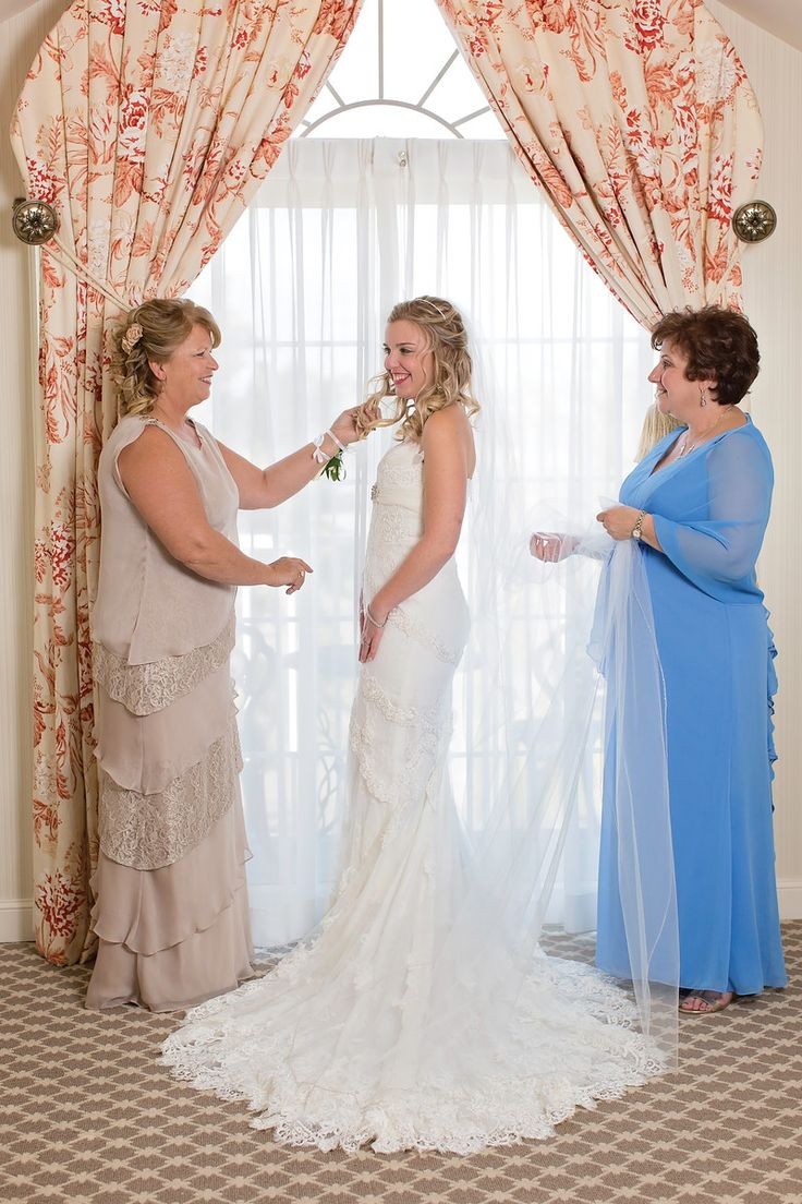 Professional Wedding Photographer For Local And Destination Weddings