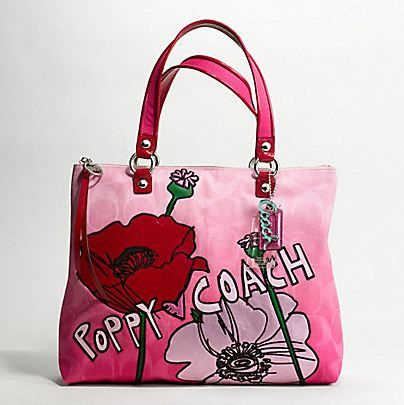 ... Coach Poppy Collection Coach Poppy Spring 2011 Girly Totes Fashion CraZ  ... 2711244b7172c