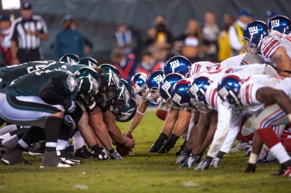 NFL Monday Night Football Predictions & Preview: New York Giants vs Philadelphia Eagles - The New York Giants and Philadelphia Eagles will play on Monday Night Football with Eli Manning and Sam Bradford facing off in the NFC East. Game stream, TV schedule, preview and predictions provided here. -  (Photo : Rob Tringali/Getty)