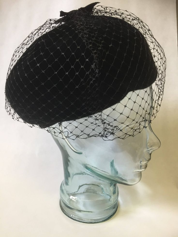 Steampunk/Vintage/black/flet/1940s/hat/net/velvet details/cloche/netting by WifinpoofVintage on Etsy