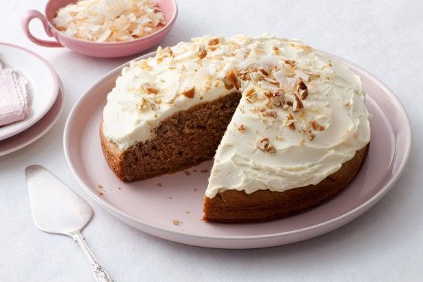Now everyone can enjoy this banana cake classic with our diabetes-friendly version.