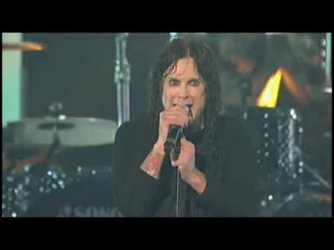Ozzy Osbourne Paranoid LIVE