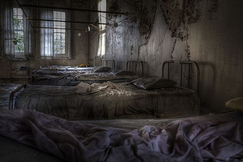 Cane Hill asylum ~ was completed in 1882 and at its peak held a maximum of 2000 patents. It was considered at the time to be a prime example for the treatment of the mentally ill. Largely unchanged this imposing Victorian asylum continued to serve the Surrey area for the next century. There are also ghost stories....