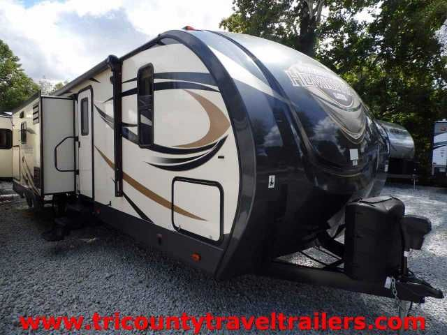 """2016 New Forest River SALEM HEMISPHERE 272RLIS Travel Trailer in Indiana IN.Recreational Vehicle, rv, WE WILL NOT LOSE A DEAL OVER PRICE......PERIOD!DON'T MAKE A DEAL UNTIL WE GET THE CHANCE TO BEAT IT!!See why the big dealers cry to the sales rep over our """"we will not lose a deal"""" attitude.This coach is equipped with the LINC smart pad tablet with wifi that operates all power equipment, flat screen TV with DVD player, stainless steel kitchen appliances, aluminum wheels, black tank flush…"""