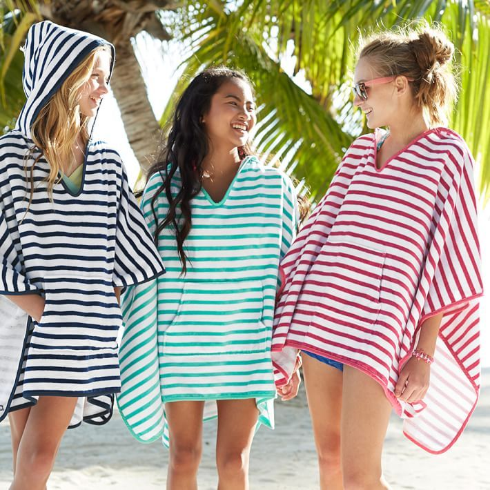 Stay cozy and relaxed after a swim wrapped in our supersoft, sheltering poncho.