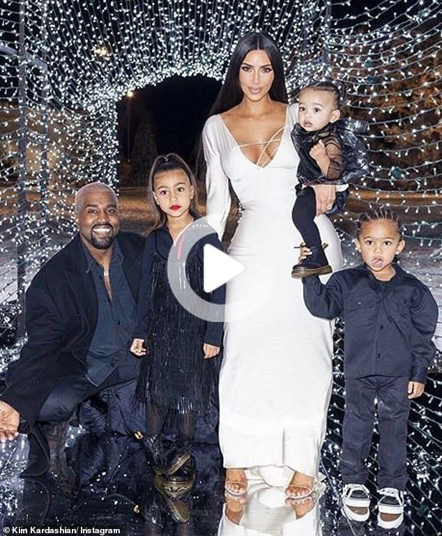 Kanye West Tweets At Drake Don T Follow My F In Wife In 2020 Kim Kardashian Wedding Kim Kardashian And Kanye Kardashian Christmas