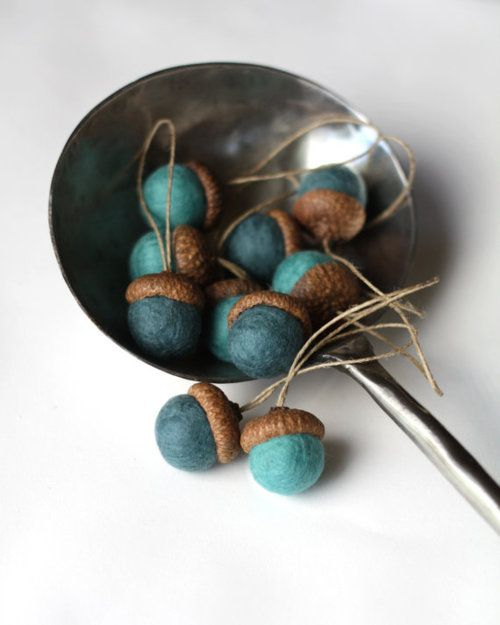 238 Best Holidays   Decorated Fall Acorns Images On Pinterest | DIY, Acorn  Crafts And Fall Crafts