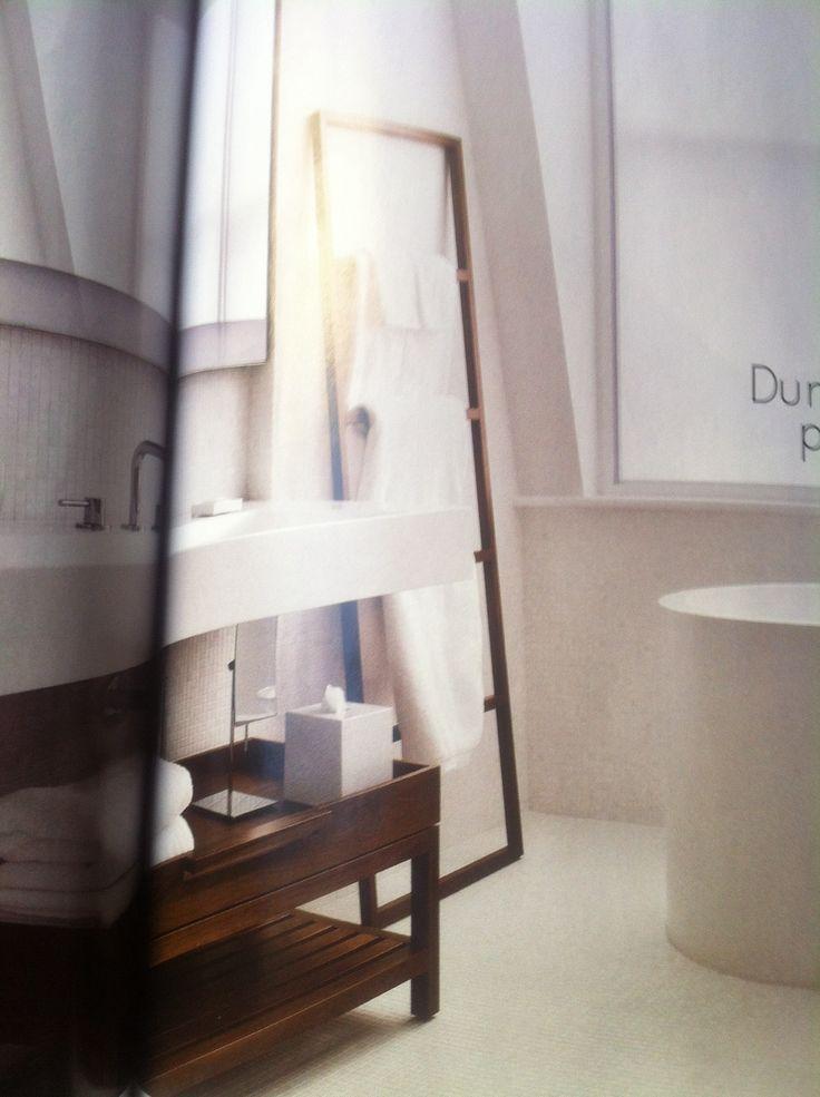 14 best Une salle de bain graphique images on Pinterest Bathroom - porte serviette a poser