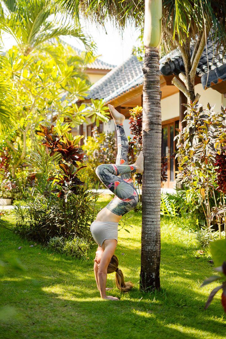 Yoga Handstand in Bali Canggu #yoga #heyhoney #bali