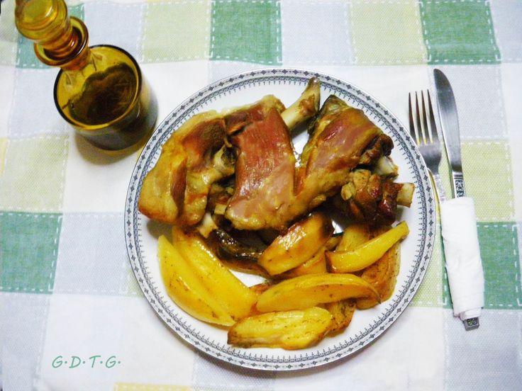 Το Ελληνικό Χρέος στη Γαστρονομία: Κατσικάκι στο φούρνο με πατάτες