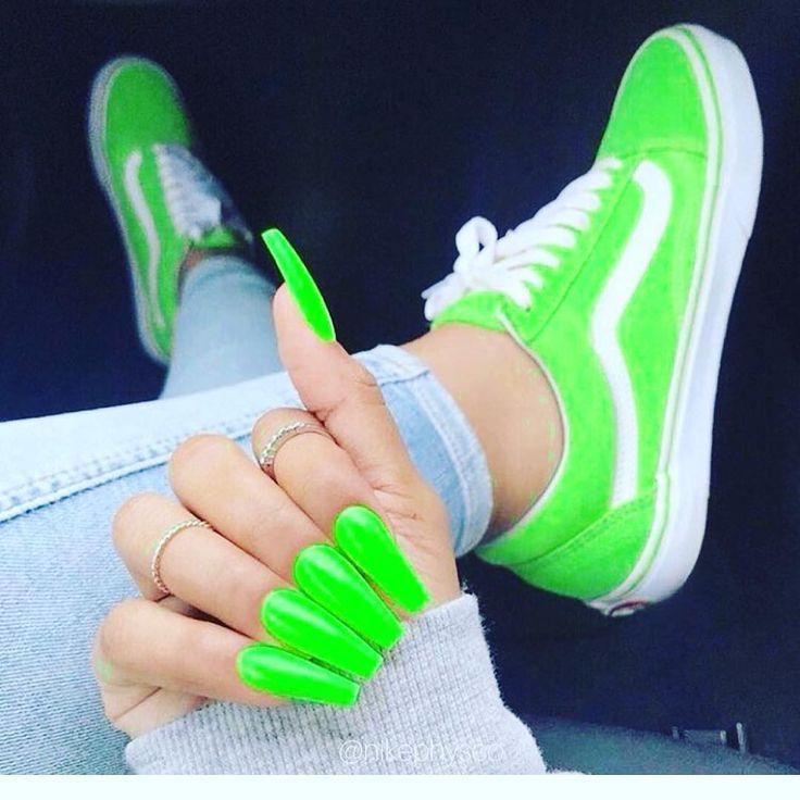 Uñas verdes de neón # Uñas # Neongrün – uñas – #verde #Uñas #neón # Neongrün   – Nagel