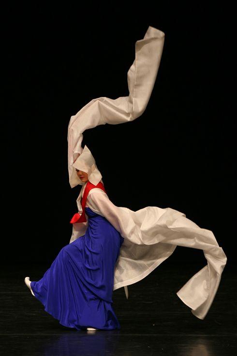 Korean traditional dance