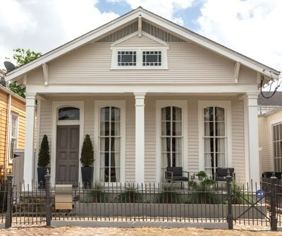 exterior house colors hot trends | Home's Fast Turnaround - New Orleans Homes & Lifestyles - Summer ...