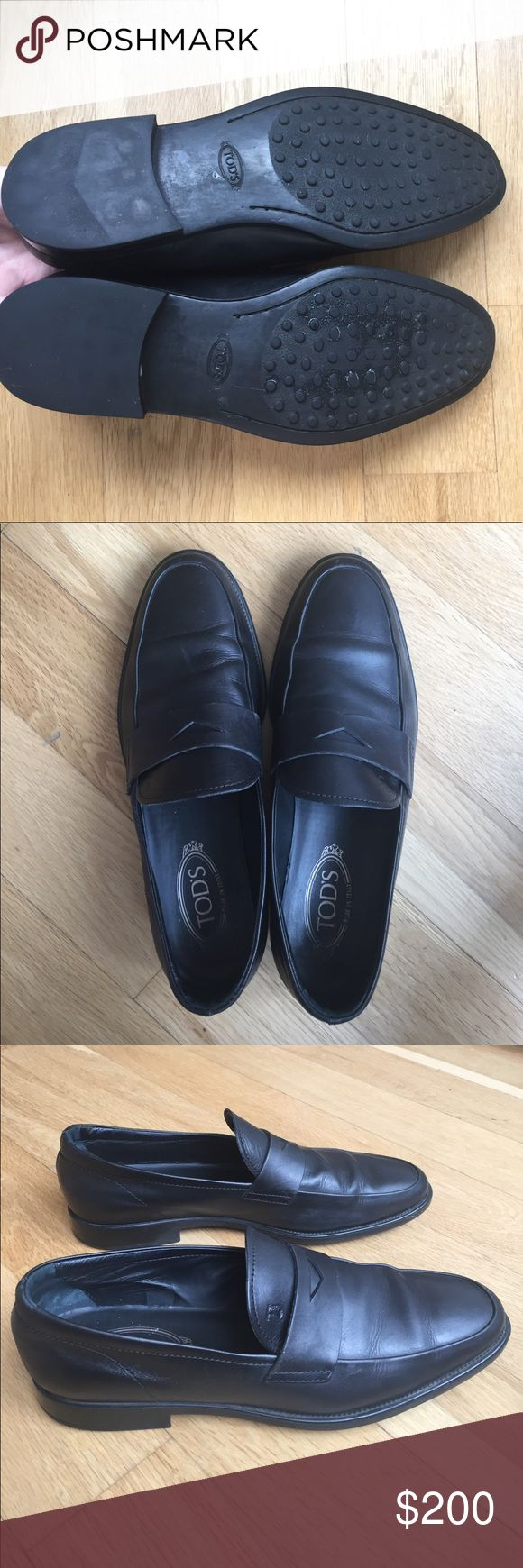 Tod's Black Leather Loafers Black leather loafers, Tods size 7.5 (8.5 US) Tod's Shoes Loafers & Slip-Ons