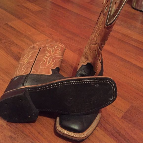 Old west boots Old west black square toe boots size 7 these aren't Ariat I just put that for the listing Ariat Shoes