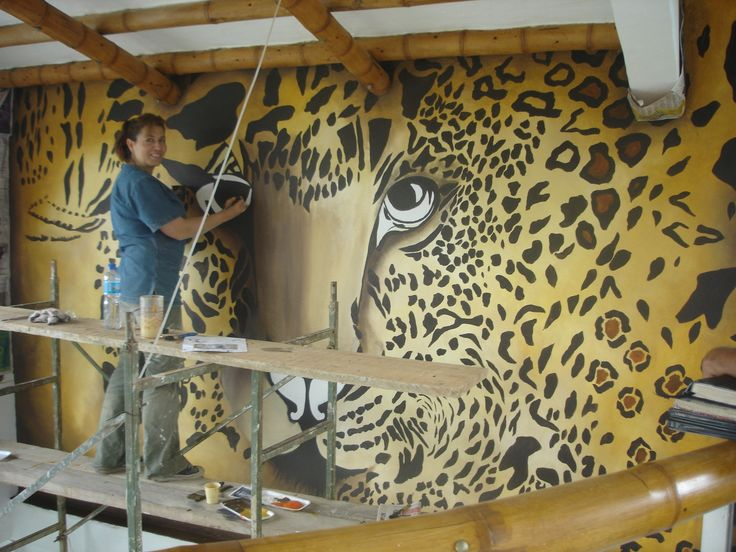 sonia velasco tiger mural artist