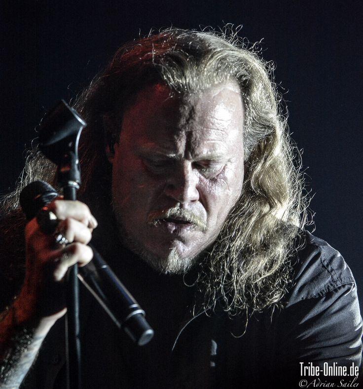 Kevin Russell, unter anderem Sänger der Böhsen Onkelz, präsentiert aktuell mit seiner Band Veritas Maximus seine ganz eigenen, sehr ...