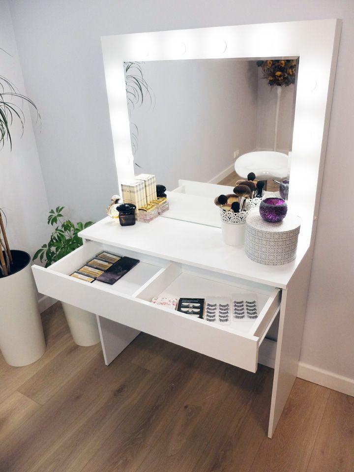 Toaletka Do Makijazu Wizazu Z Oswietleniem Lustro House Interior Home Furniture Vanity Inspiration