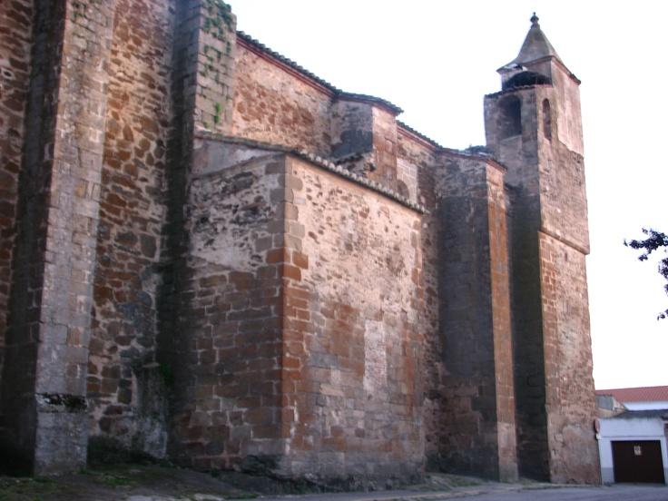Iglesia de Santa Catalina con su Torre campanario.