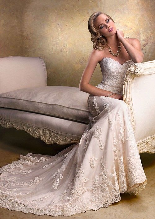 Sheath/Column Sweetheart Court Train Tulle Wedding Dress With Appliqued Lace