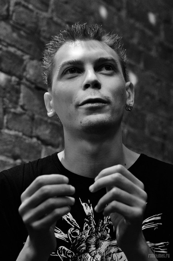 Володя Котляров (группа Порнофильмы): «Я хотел бы как Игги Поп — рубиться до конца».   RockTimes