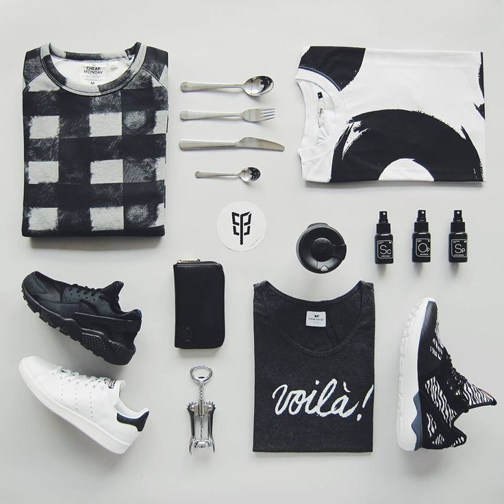 Bílá - šedá - černá - to je prostě základ šatníku. Tak nevařte z vody a vyberte si pořádný kousky, z kterých bude outfit jak malina. Boty Nike, Adidas, mikina Cheap Monday, triko RVLT, Loreak Mendian, peněženka Herschel Supply, péče o boty Sneaker Lab a Keepcup. Vše najdete www.freshlabels.cz