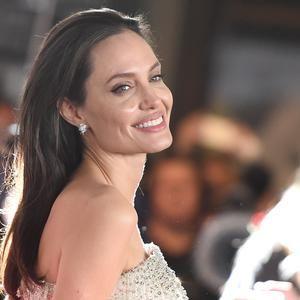 """Angelina Jolie à la première de son film """"Vue sur mer"""""""