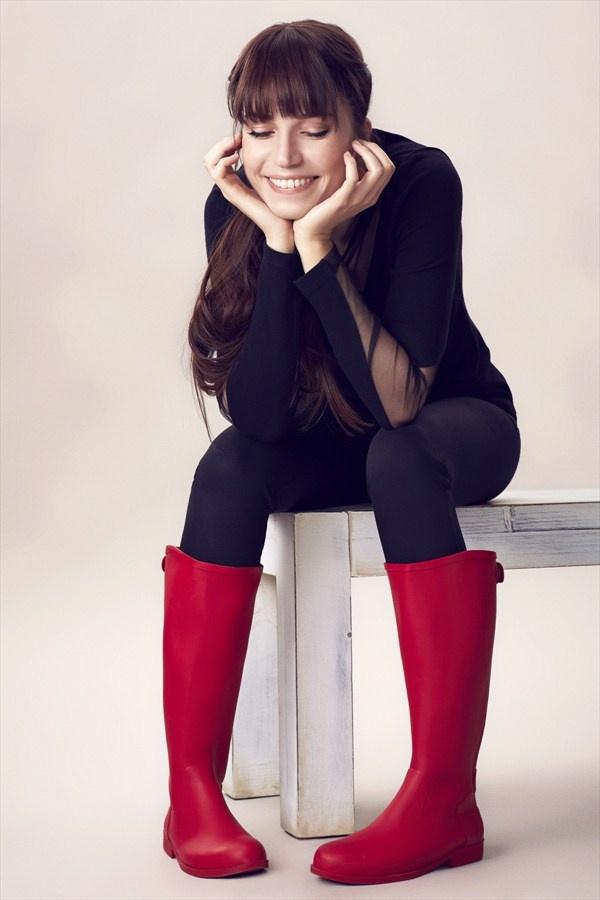 YAYA by Hotiç - Selma Ergeç Kırmızı Çizme V22604KC701C %60 indirimle 89,99 TL Trendyol'da