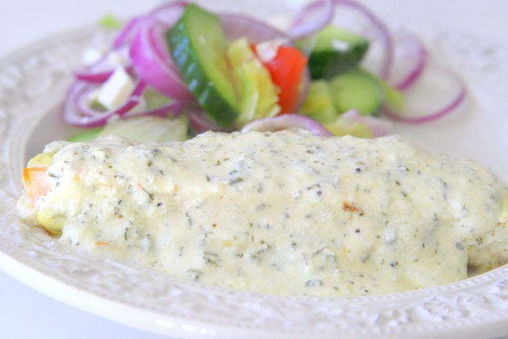 Lax med potatis och örtsås Det här behöver du: 4 portionslaxar flingsalt 2 dl creme fraiche 200 gram philadelphiaost 1 msk finhackad dill ( färsk eller fryst) 1 msk gräslök ( färsk eller fryst) Salt & citronpeppar Gör så här: Ställ ugnen på 200 grader. Lägg de tinade laxbitarna, i … Läs mer