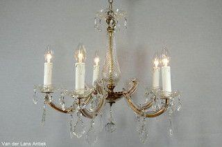 Kristallen Maria Theresia kroonluchter 26518 bij Van der Lans Antiek. Meer kristallen lampen op www.lansantiek.com
