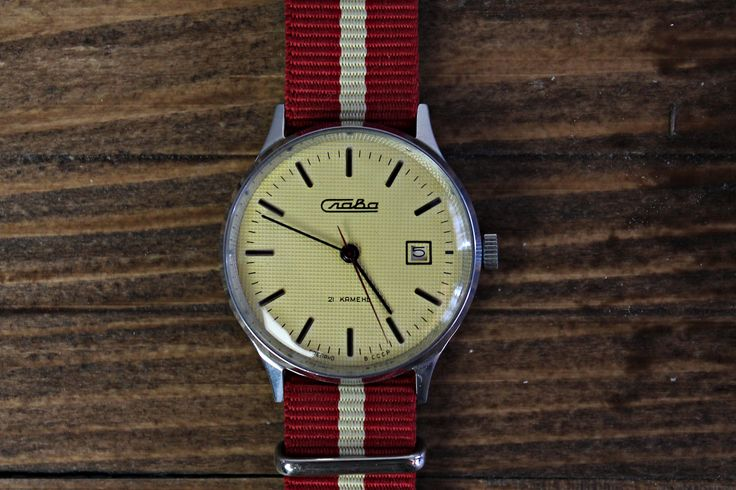 """Vintage wristwatch, Slava watch, classic watch, russian men's watch, watches for men, gents watch, mechanical watch, white watches For sale is Vintage Soviet Russian Men's Wristwatch ''Slava"""" 21 jewels. Year: 80s"""