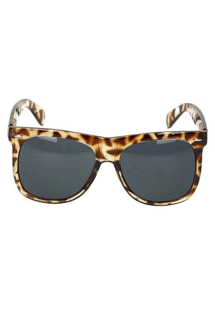Okulary przeciwsłoneczne damskie A6078 w sklepie internetowym Kari.com. W ofercie posiadamy produkt: Okulary przeciwsłoneczne damskie A6078 Darmowa wysyła, możliwość zwrotu, najnowsze trendy. Sprawdź nasz promocje.