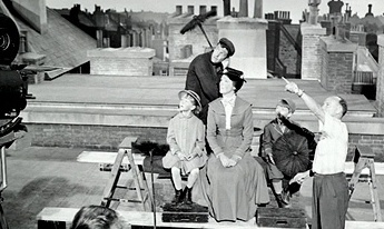 1964 Mary Poppins making of. Julie Andrews, Dick Van Dyke, Karen Dotrice and Matthew Garber on getting instructions