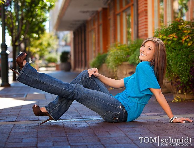 Awesome Kansas City Senior Portraits by Tom Schmidt » Fashion and Senior Portrait Photographer in KC - Ideas, Poses and Tips for your Senior Shoot - Unique Outdoor Senior Photo Galleries