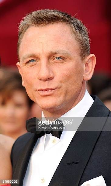Actor Daniel Craig arrives at the 81st Annual Academy Awards held at Kodak Theatre on February 22 2009 in Los Angeles California