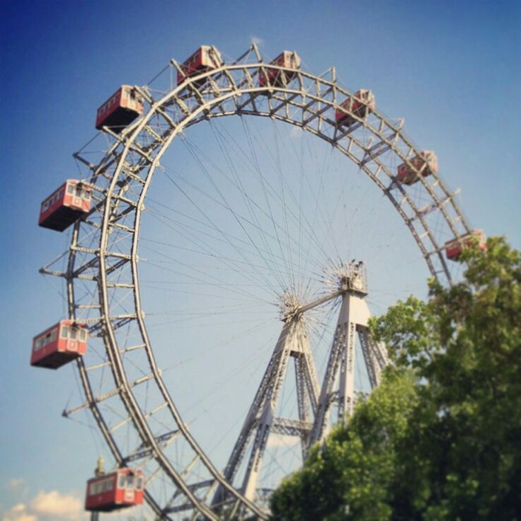 Morning spent going to a suburb. Afternoon spent at the fun fair from The Living Daylights to see the the ferris wheel before jumping on a train to Budapest.