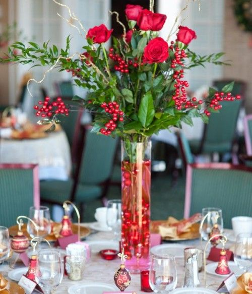 50 Awesome Christmas Wedding Centerpieces - Edible And Not Only - Weddingomania