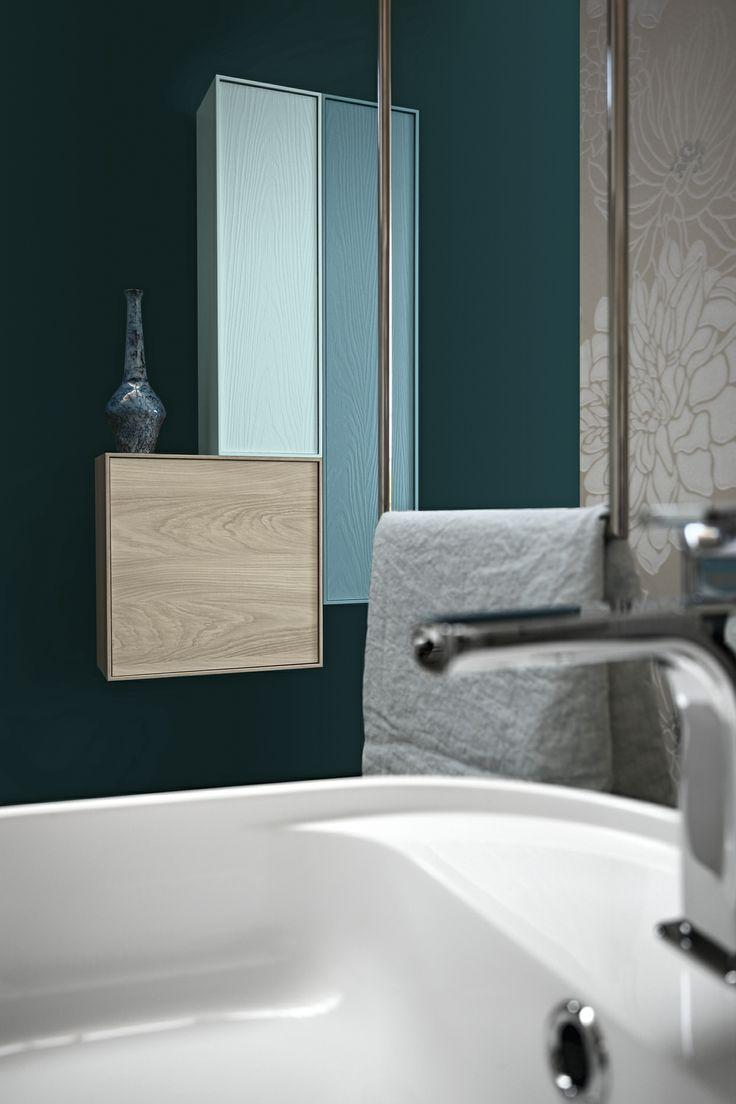 Bagno Free con finitura pino naturale e colore pavone, azzurro alice opaco http://www.cerasa.it ...