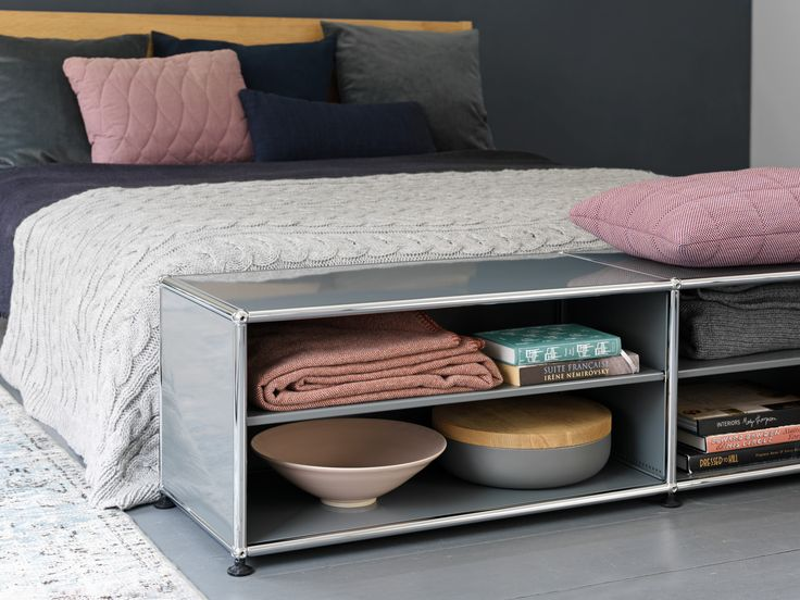#interiordesign #furniture #design #architecture #designlovers #USM #USMhaller #usmMakeItYours #moderndesign #kitchen #bedroom #mixit #interior