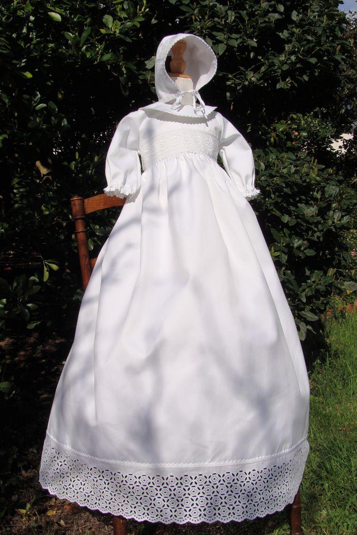 robe de bapt me avec broderie ancienne robes de. Black Bedroom Furniture Sets. Home Design Ideas