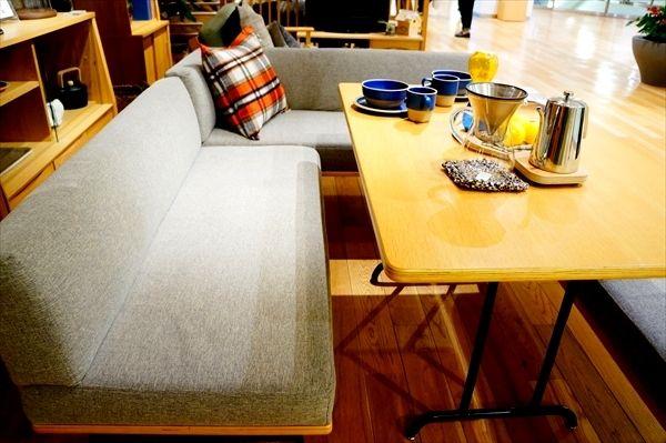 角丸ダイニングテーブル&ベンチ 北欧スタイルでお洒落に unicoのFUNEAT&SUK口コミ | 快適なライフスタイル@生活にちょっぴりスパイスを