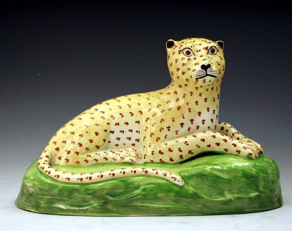 STAFFORDSHIRE POTTERY FIGURE OF A LEOPARD C1800
