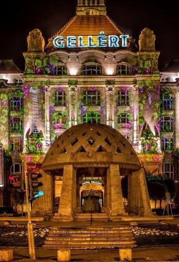 Ha november, akkor Márton napi libalakoma és Danubius Hotel Gellért Borfesztivál - Night Projection #fényfestés